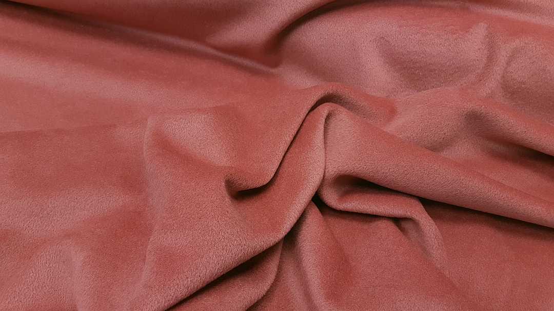 Ύφασμα Αλπακάς, κατάλληλο για παλτό και ζακέτα.