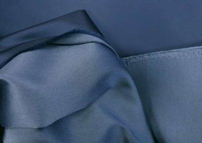 Σατέν ντουσέζ μπλε ραφ
