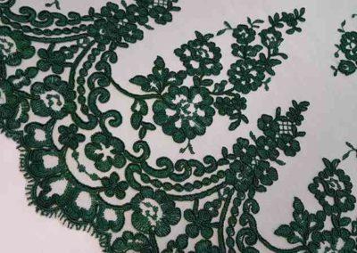 Δαντέλα κορδονέ πράσινη με διπλό τελέιωμα