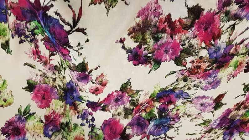 Βισκόζι εμπριμέ ψηφιακής εκτύπωσης σε φούξ λιλά χρώμα